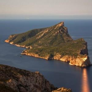Paso-entre-la-Isla-Dragonera-y-la-de-Mallorca1